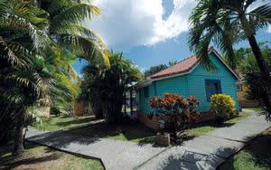 bungalow hotel l'anse bleue
