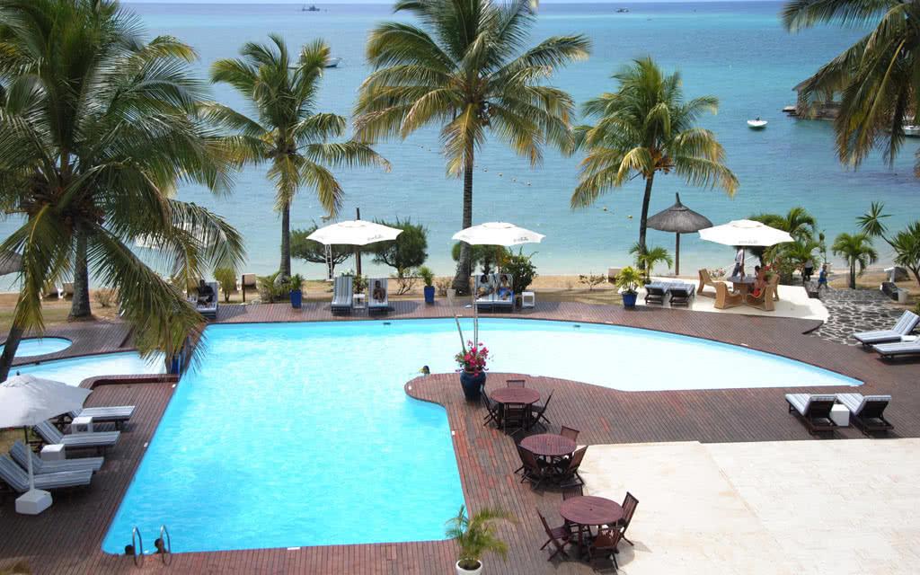 hotel coral azur beach resort 3 promo maurice avec voyages leclerc exotismes ref 188058. Black Bedroom Furniture Sets. Home Design Ideas