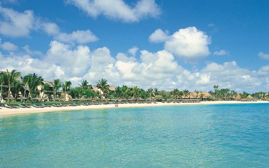 Resort Sardaigne: vacances de luxe au village sur la mer Forte Village