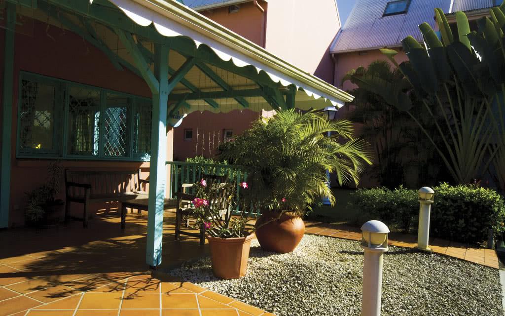 La Crole Beach Hotel and Spa