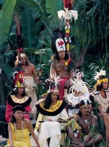 tiki village moorea polynesie