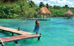 Promenade au bord des lagunes de Cancun