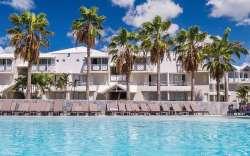 piscine vue hotel Hôtel Karibéa Amandiers