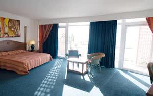 chambre luxe hotel la bateliere