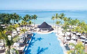 vue aerienne piscine plage Heritage Le Telfair Golf & Wellness Resort