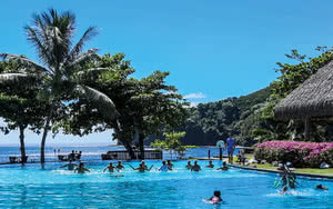 cours d'aquagym hotel tahiti pearl beach resort