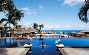 COMBINÉ 2 ILES : RÉUNION + ILE MAURICE Palm Hotel & Spa + InterContinental Resort Balaclava Fort 14 nuits