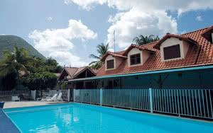 piscine l'anse bleue hotel