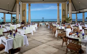 restaurant sandals sainte lucie hotel