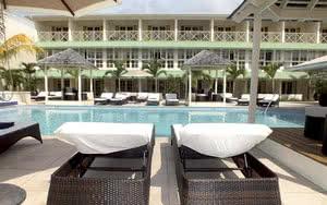 piscine hotel blu