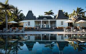 vue extérieur Hôtel Outrigger Mauritius Beach Resort