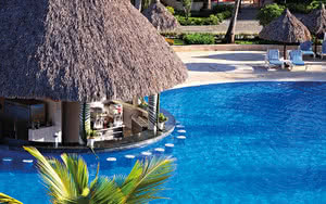 bar avec piscine hotel turquesa