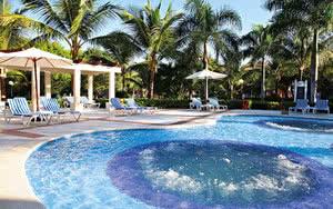 piscine hotel turquesa