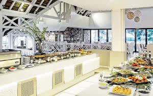 buffet Radisson Blu Azuri Resort & Spa