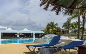 piscine Hôtel Le Manganao