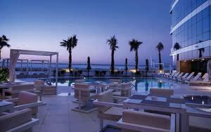 COMBINÉ 2 ILES : DUBAÏ + SRI LANKA Novotel Dubai Al Barsha + Circuit Les Incontournables du Sri Lanka - spécial Collection Privée 4* - 14 nuits