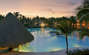 hotel republique dominicaine iberostar vue piscine coucher de soleil