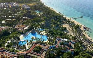 vue aerienne iberostar hacienda dominicus piscine plage