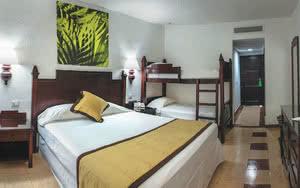 chambre hotel riu lupita