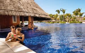 bar piscine hotel barcelo maya palace