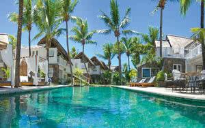 piscine  hôtel 20 Degrés Sud
