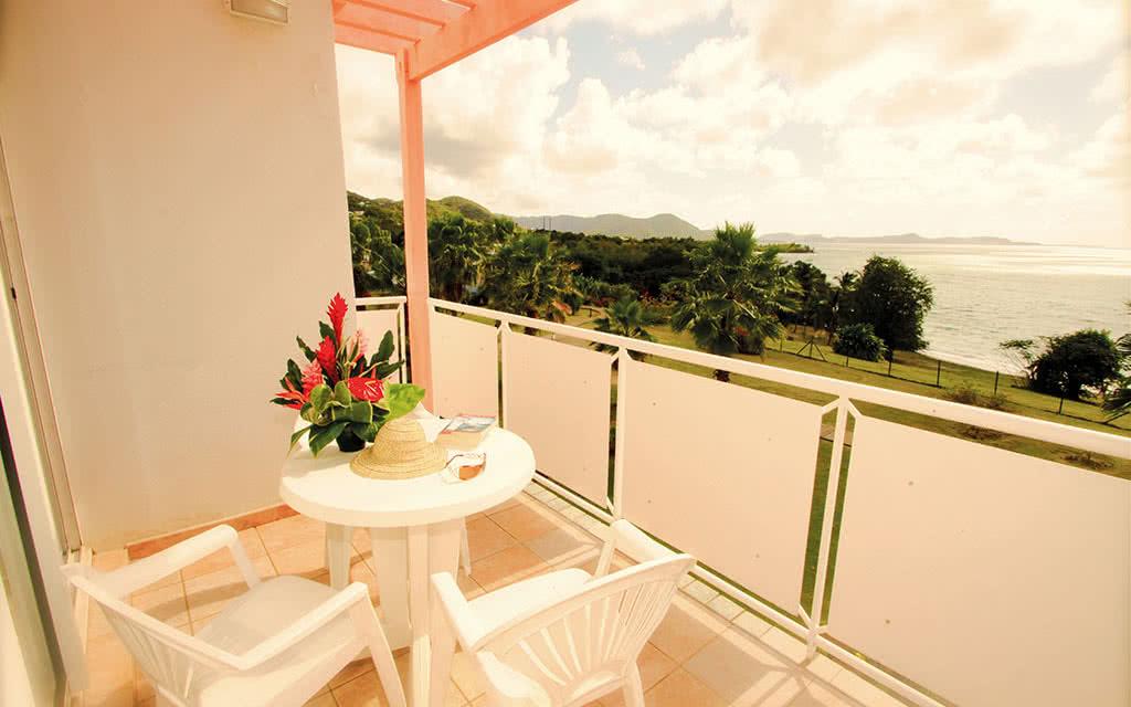 16 amyris balcon suite