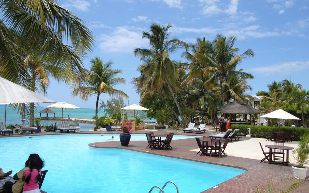 hotel coral azur beach resort 3 maurice avec voyages leclerc exotismes ref 16578 juin 2018. Black Bedroom Furniture Sets. Home Design Ideas