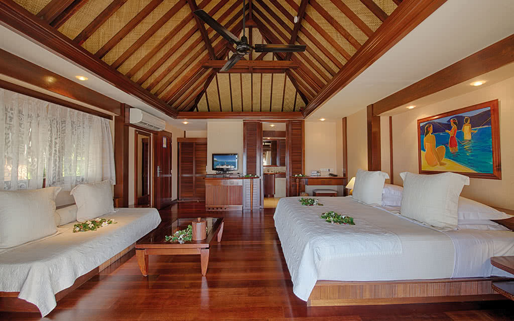 17-manavabeachresortmoorea-bungalowplage-2-credit-photo-tim-mckenna