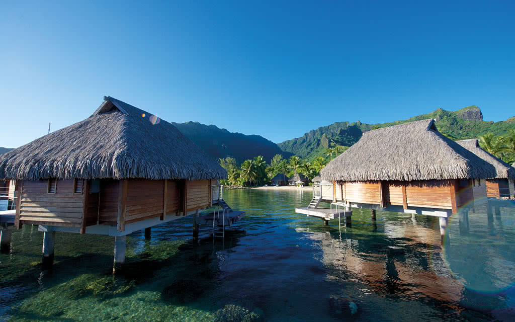 17-manavabeachresortmoorea-overwaterbungalow-3-credit-photo-tim-mckenna