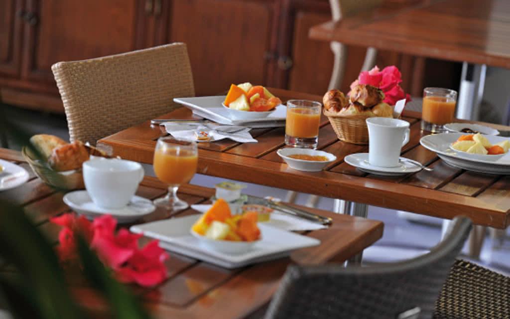 12-alamanda-breakfast1