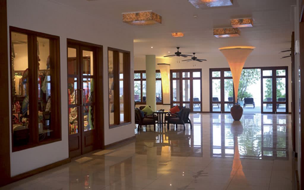 12-allamanda-lobby1