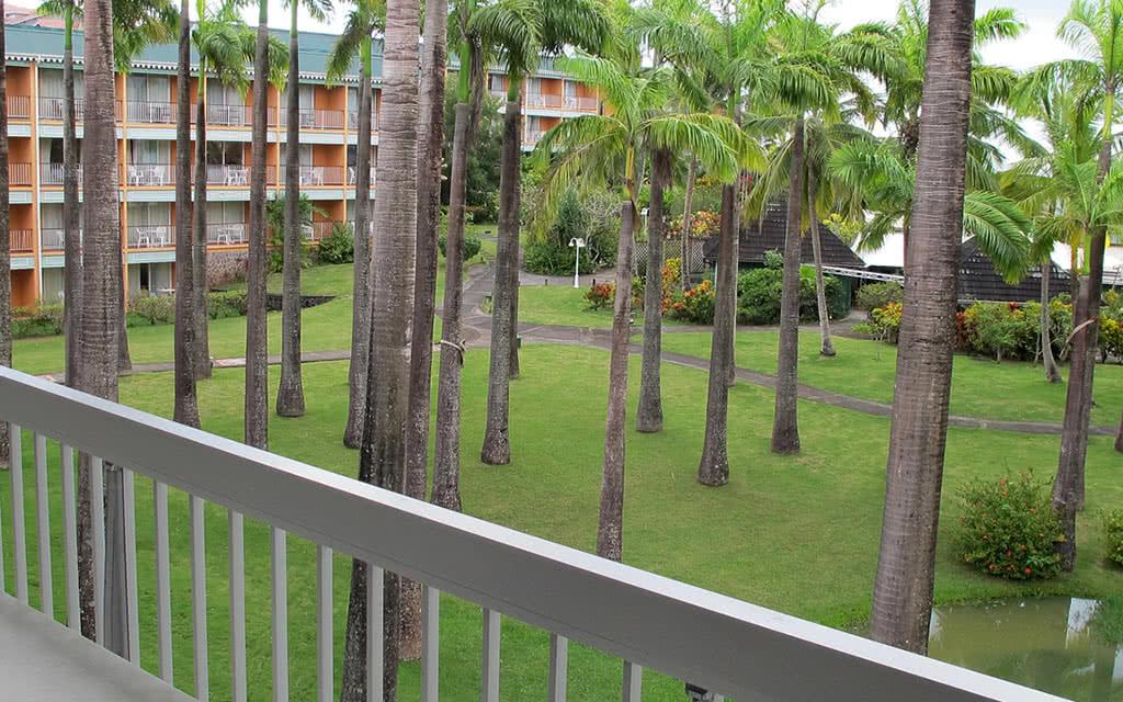 14 bakoua balcon chstd jardin