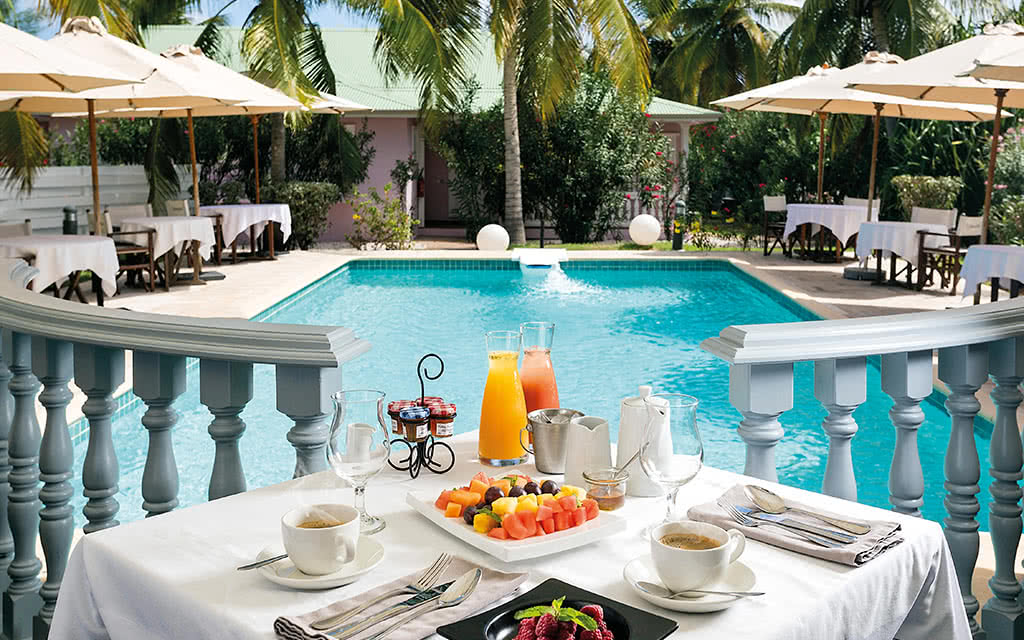 16-sxm-esmeralda-astrolabe-restaurant-breakfast