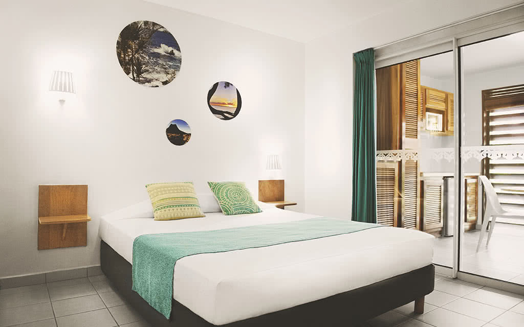 18-tropic-vue-generale-studio-krystel-v-morin-2018-tropic-apparthotel-25-