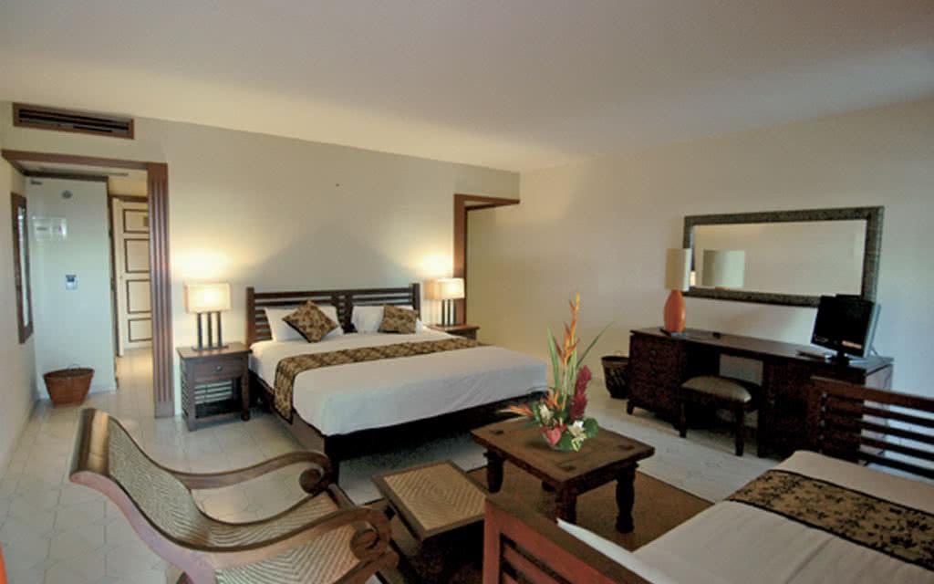 09 plantationr room