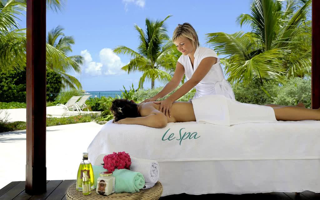 14-sh-sxm-radisspa-massage