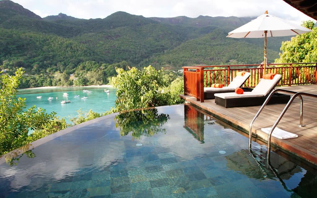 Vacances pas cher avec carrefour voyages for Villa de jardin mahe seychelles