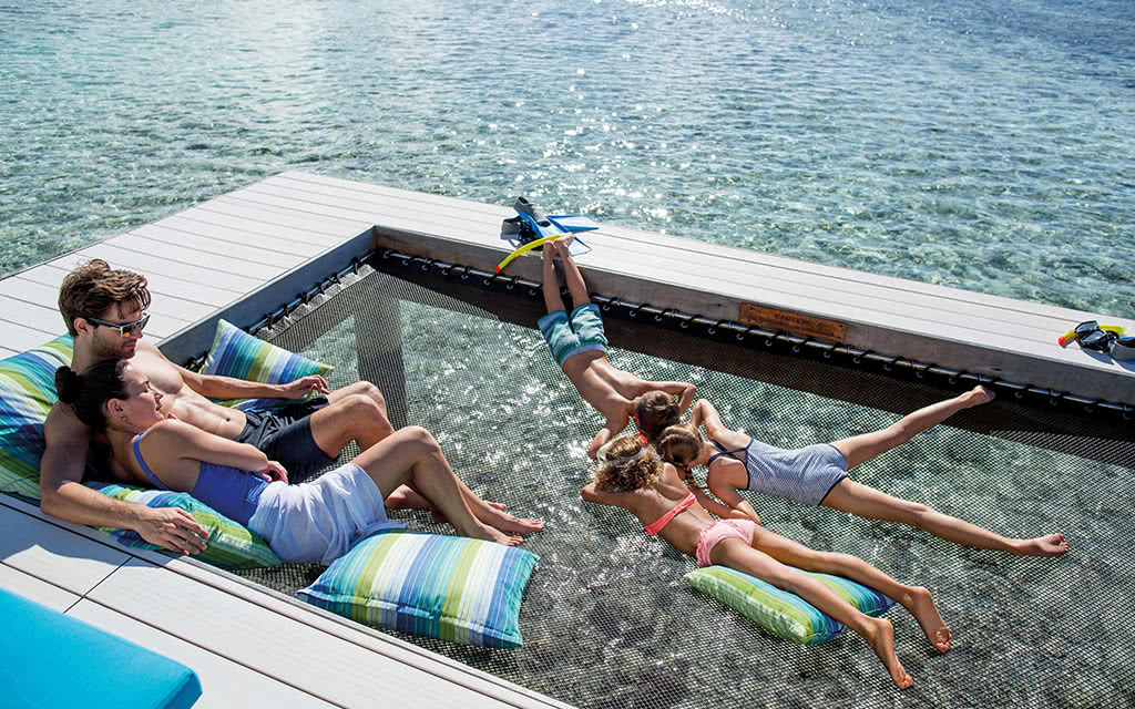 16 kandooma overwater hammock