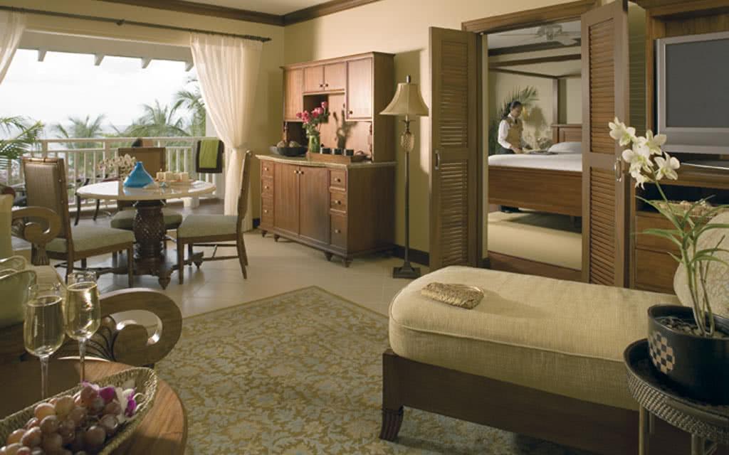 11-xlucian-suite