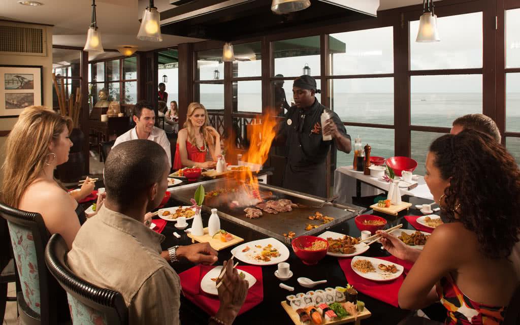 14-latoc-kimonos-restaurant