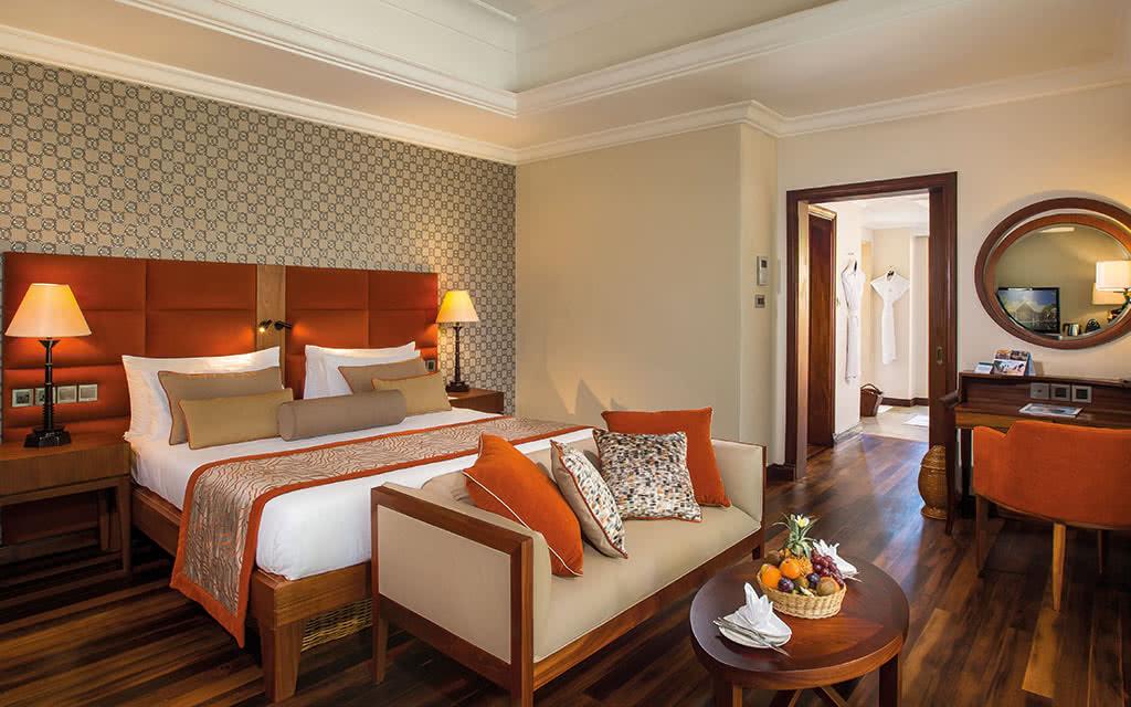 16 maradiva luxury suite interior