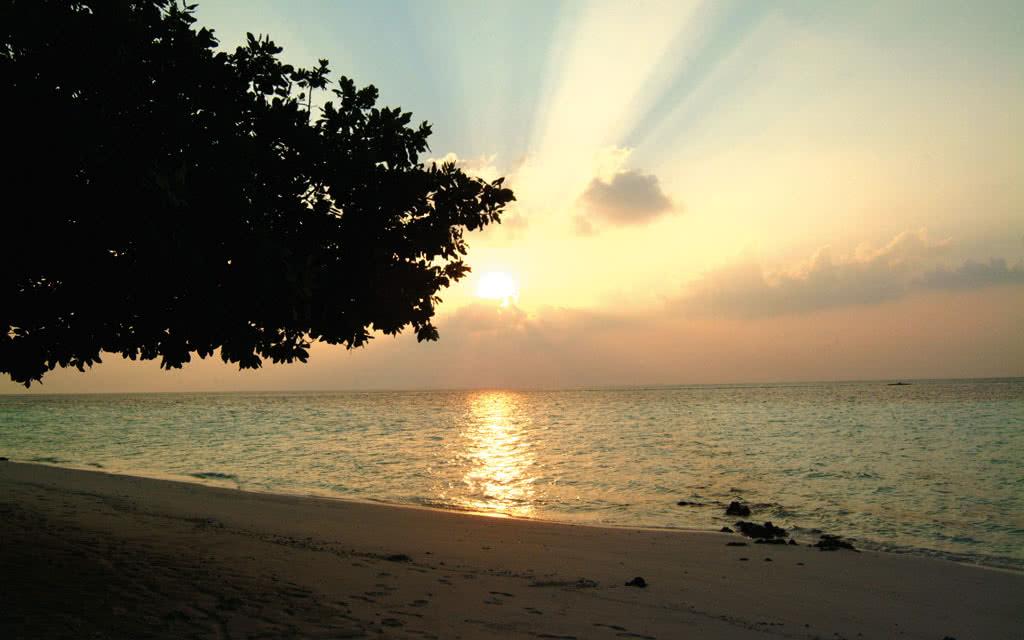 14 biyadhoo beachsunset