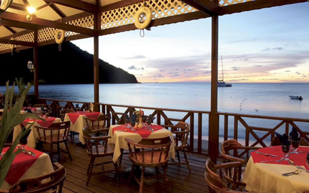 Hotel st lucian by rex resort 3 sainte lucie avec for Restaurant le rex