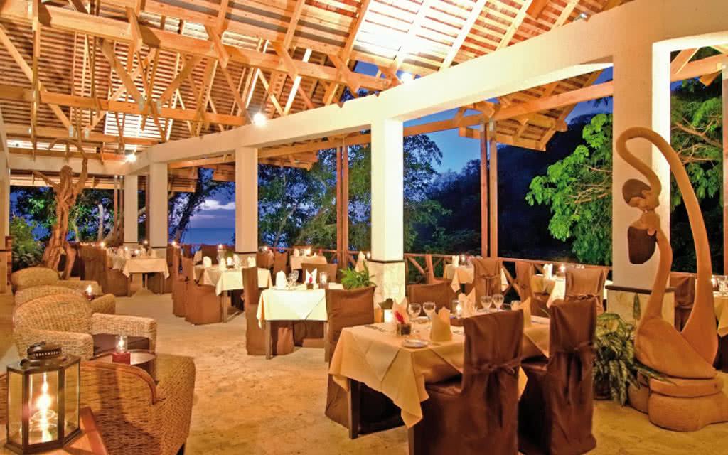 13-achastanet-restaurant65