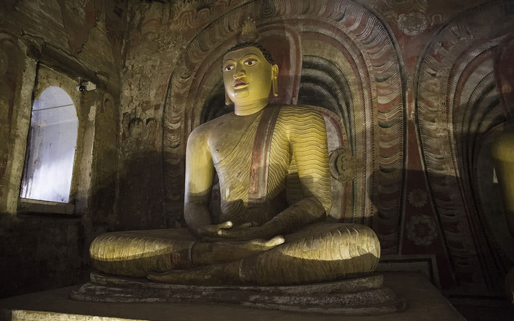 17-slk-dambulla-statue-xs-8