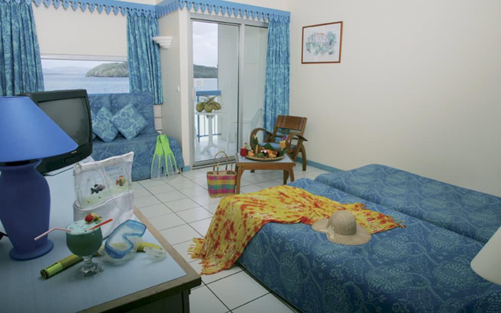 09 carayou room