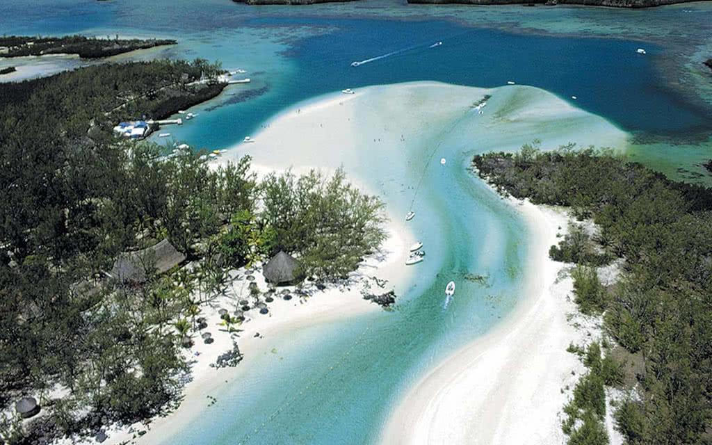 Ile Maurice - catamaran et déjeuner Ile Aux Cerfs