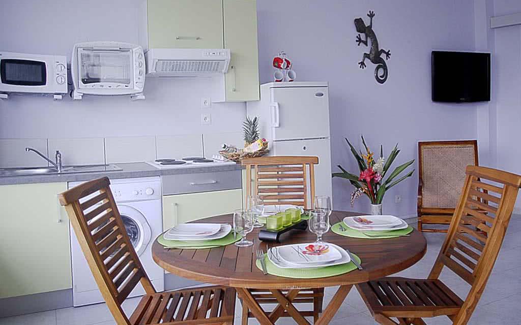 15 villamelissa kitchen