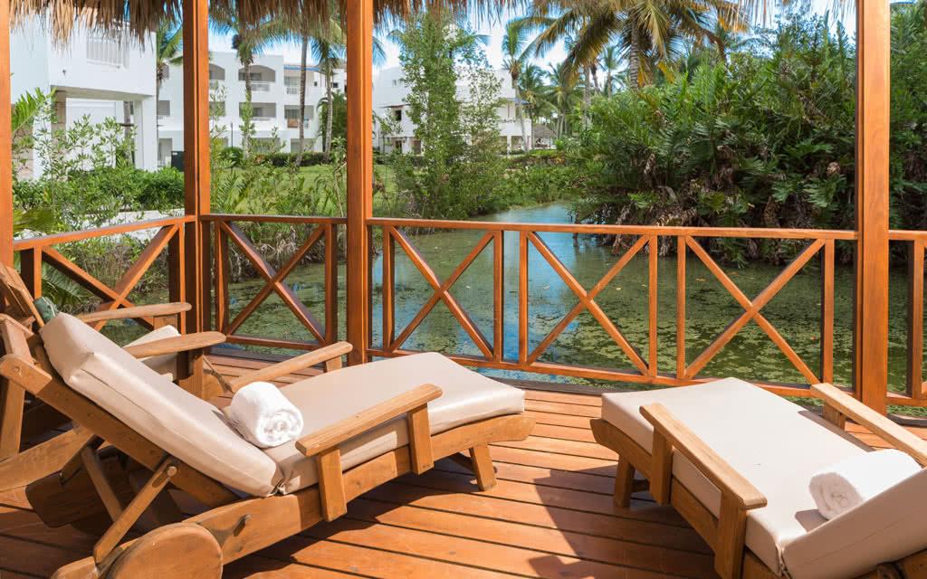 15 blcana villa deck