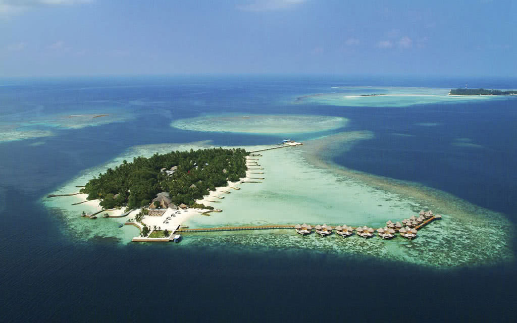 Nika Island Resort & Spa ****